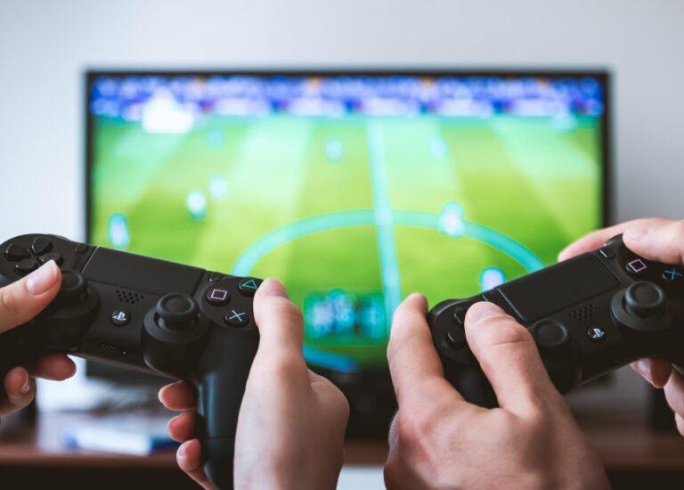 5 игр, чтобы поиграть с девушкой