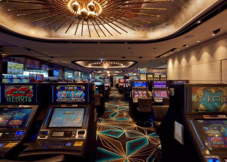 Какие причины есть, чтобы играть в этом казино Космолот