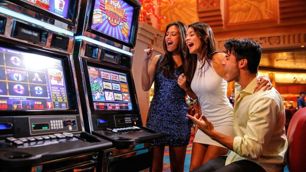 Стоит ли играть в казино?
